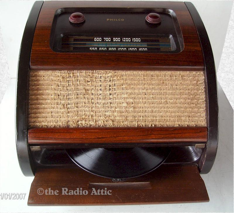 Philco 46-1201 Phono/Radio