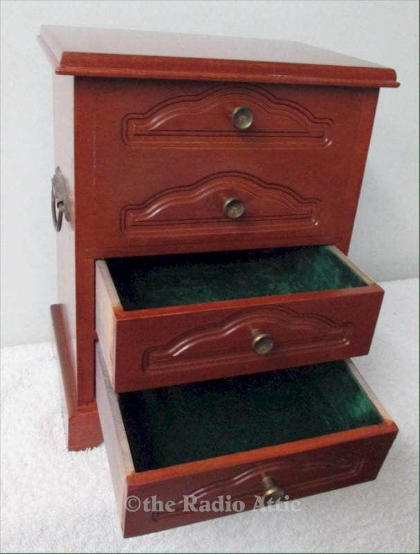 Guild Jewelry Box (1950)
