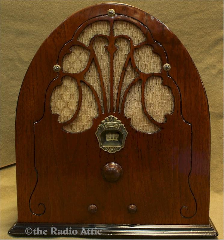 Philco 20 Cathedral (1930)