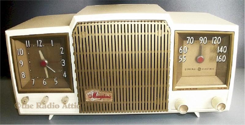 "General Electric 581 ""Musiphonic"" (1955)"