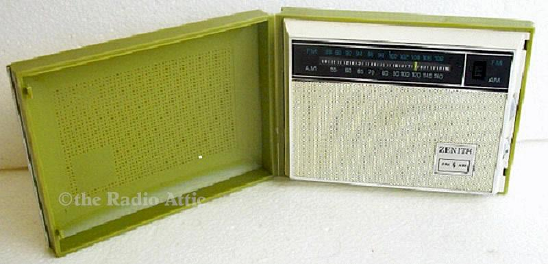 Zenith Royal B21 AM-FM (1965)