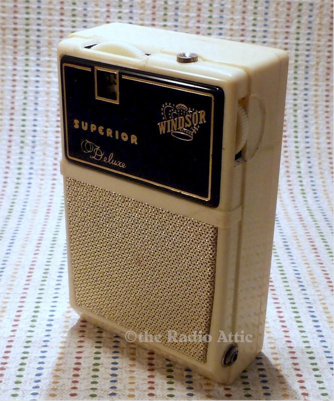 Windsor 15066 Boy's Radio