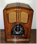"""Zenith 12-S-232 """"Walton"""" (1938)"""