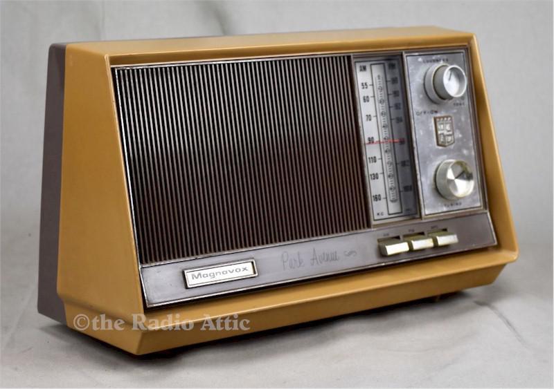 Magnavox 2FM42 (1964)