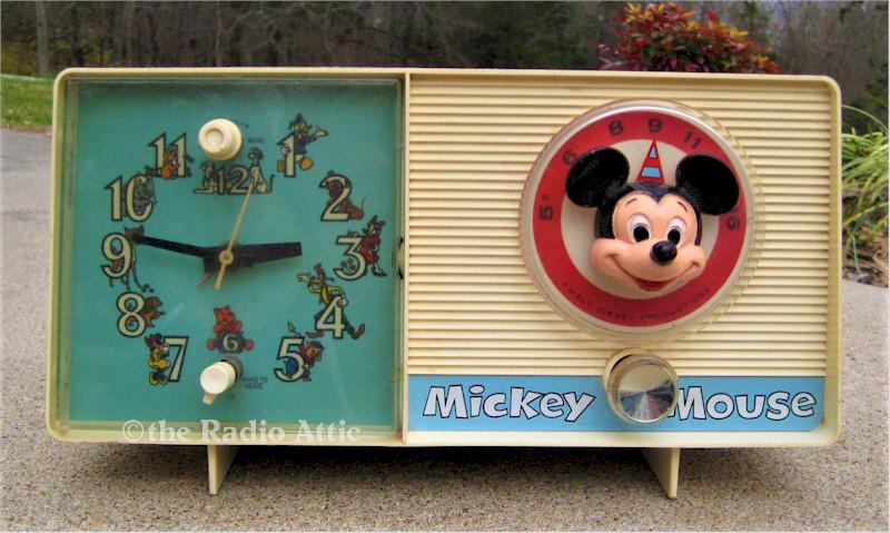"General Electric  C2418A ""Mickey Mouse"" Clock Radio (1960)"