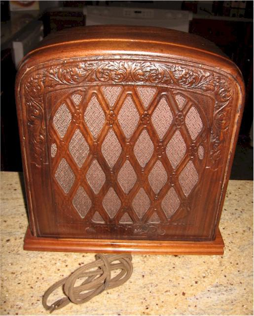 Repwood Paneled Speaker