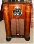 """Zenith 9-S-262 """"Robot Dial"""" console (1938)"""