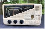 """Zenith 7-H-822 """"Triumph"""" AM/FM (1949)"""